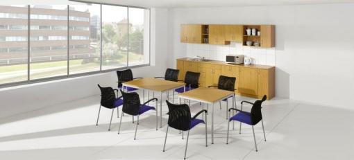 kancelář 9 kuchyň